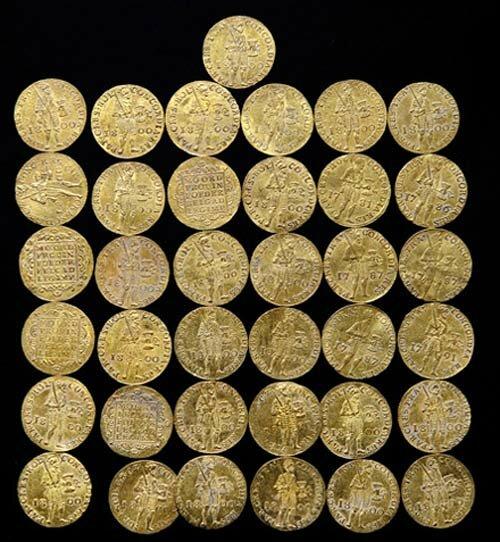 Порно купить золотые монеты